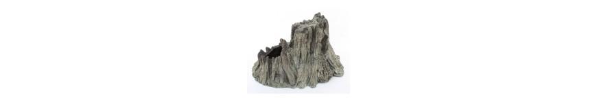 Камни и коряги для аквариума